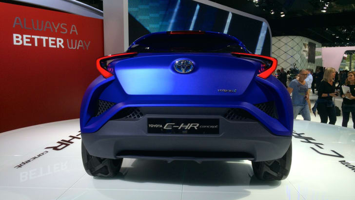 Toyota C-HR Paris_7
