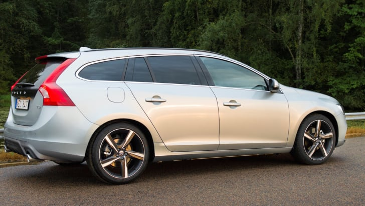 Volvo V60 R-Design - model year 2016