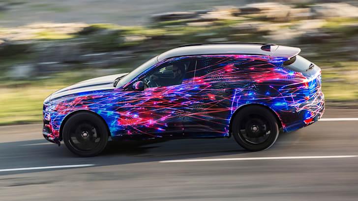 Jaguar-F-Pace-2