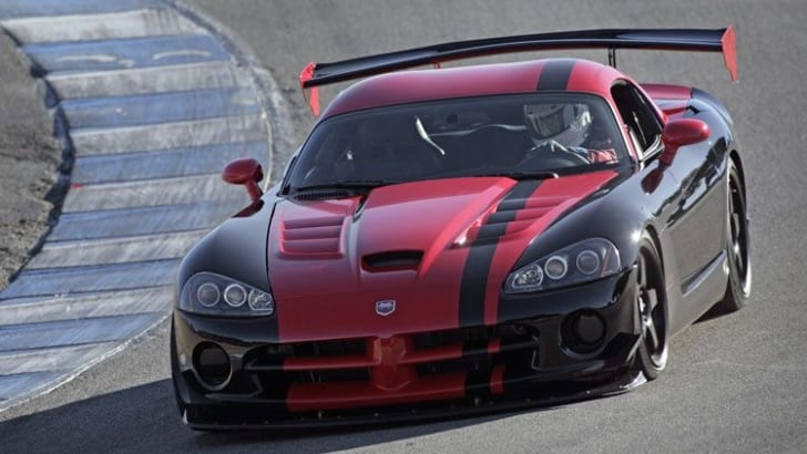 2010-dodge-viper-SRT10-ACR-front-at-laguna-seca