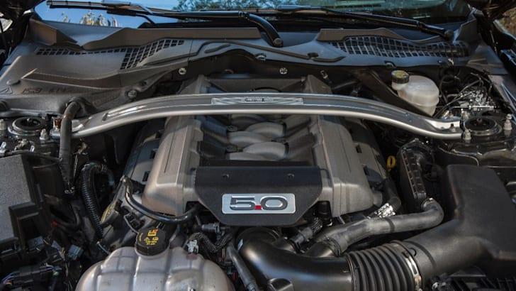 2015 Ford Mustang V8