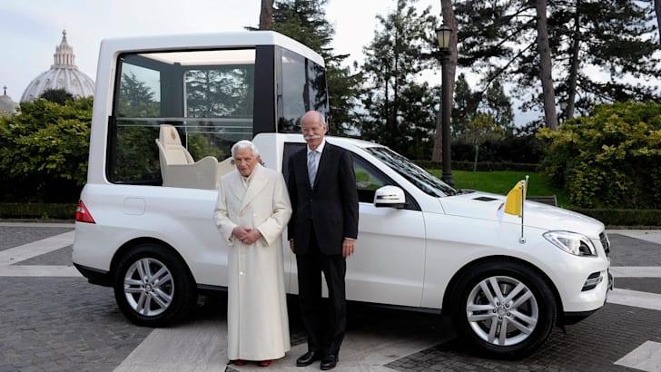 Mercedes-Benz-M-Class-Popemobile-1