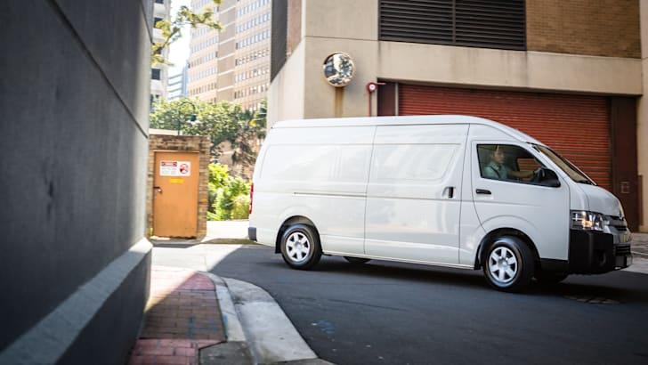 2016 Toyota HiAce SLWB van-49