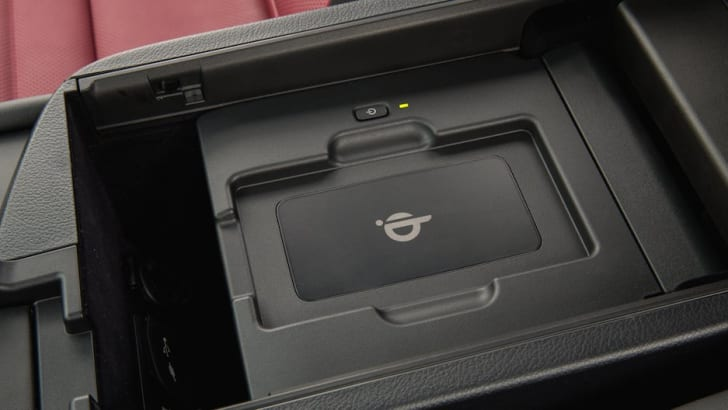 Lexus NX wireless charging tray