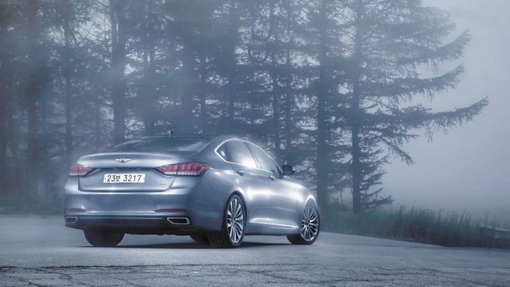 Hyundai-Genesis-4