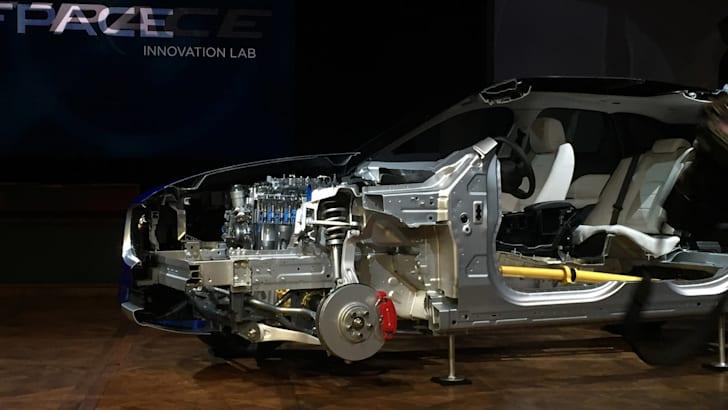 Jaguar-F-Pace-Reveal-11