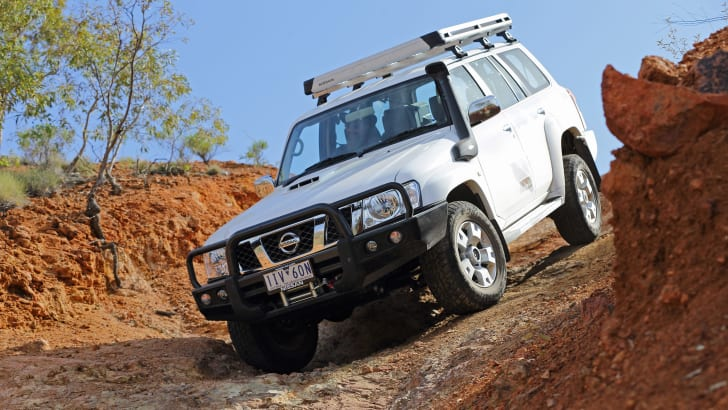 2016_nissan_patrol_y61_legend-edition_14