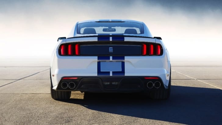 2015 Shelby GT350 Mustang-10