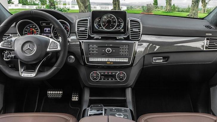 Mercedes-AMG-GLS63-3