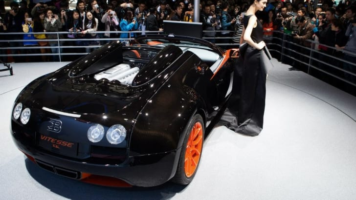 bugatti-veyron-grand-sport-vitesse-world-record-car-edition-3