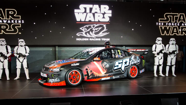 2015-holden-hrt-v8supercar-starwars-22