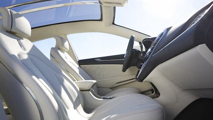 Lincoln MKC Concept - 7