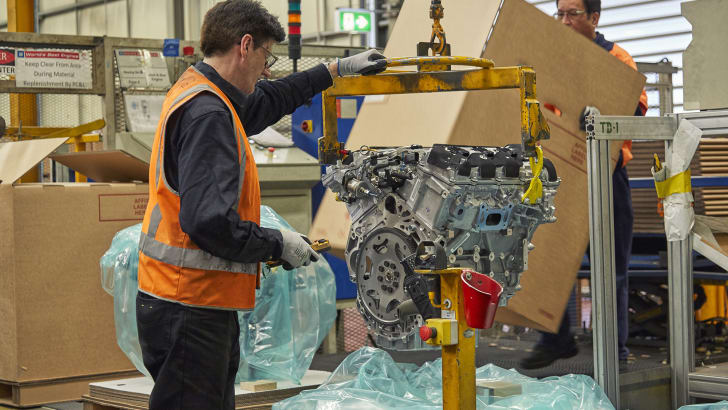 2016_holden-engine-plant-shutdown_manufacturing_production_04