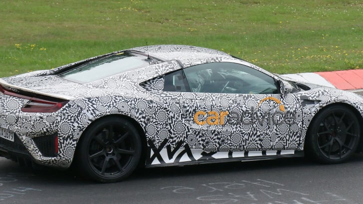 Honda NSX spied at Nurburgring - side and interior