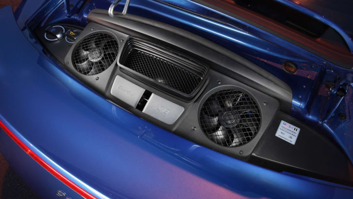 2014-Porsche-911-Turbo-22
