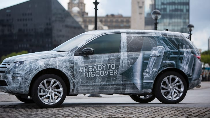 land-rover-discovery-sport-camouflaged-e1406667316474