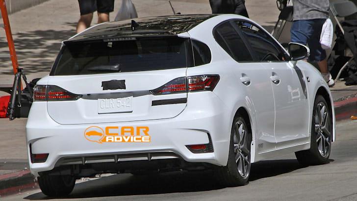 Lexus-CT200h-3