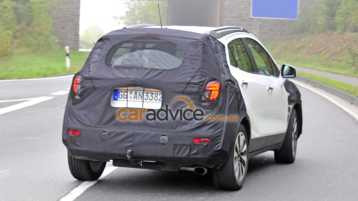 2016_opel_mokka_spy-photos_06