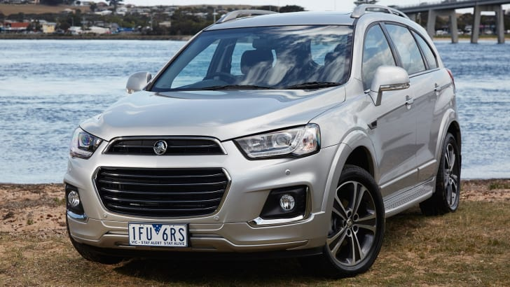 2016_holden_captiva_facelift_01