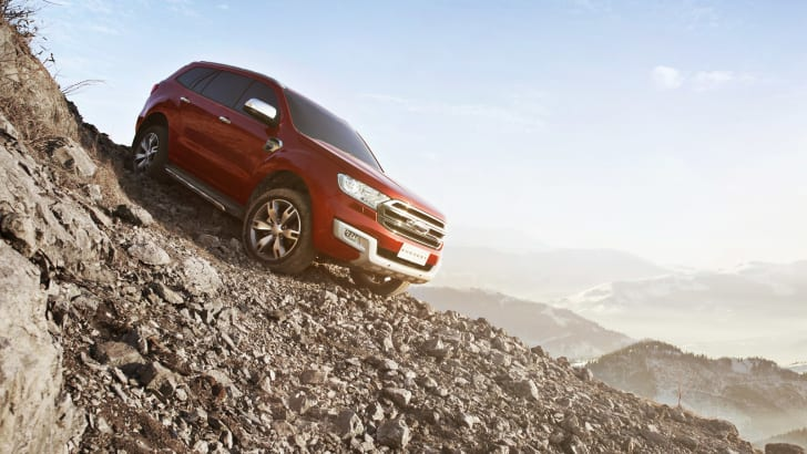 New Ford Everest_Descent