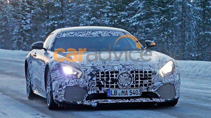 Mercedes-AMG-GT-R-13a