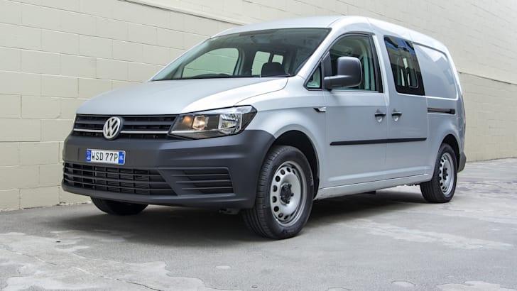 volkswagen-caddy-crewvan-tsi220-2016-37