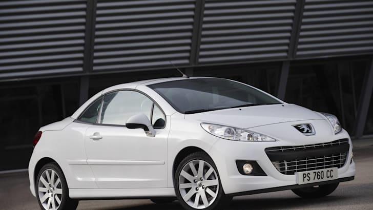 Peugeot 207CC press roof up