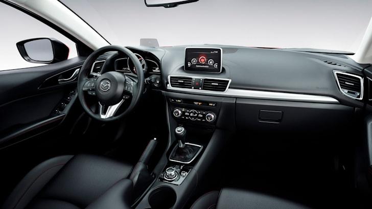 Mazda-3-hatch-13
