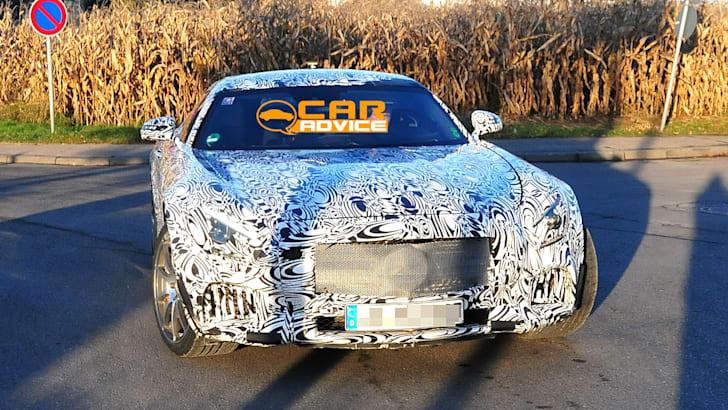 Mercedes-Benz-SLC-4
