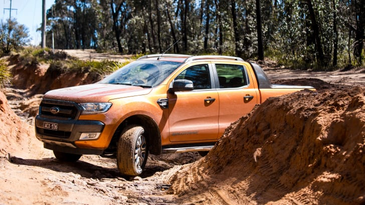 ford-ranger-wildtrak-v-holden-colorado-z71-comparison-7212