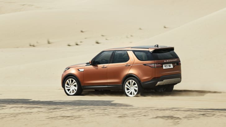 2017-land-rover-discovery_22