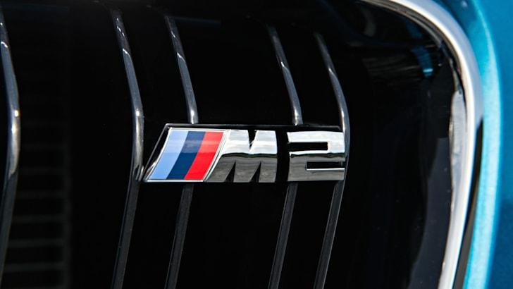 2016 BMW M2_16