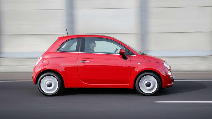 2015 Fiat 500_03