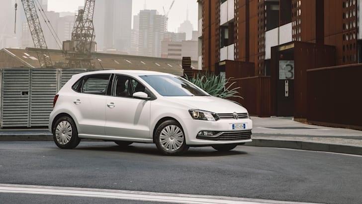 2015 Volkswagen Polo_35