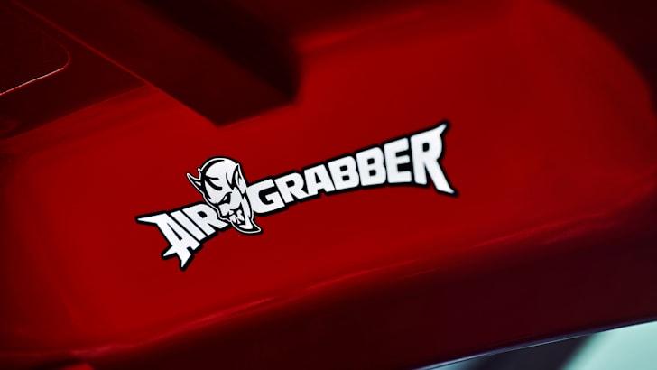 2018_dodge-challenger-srt-demon_teaser_air-grabber_02