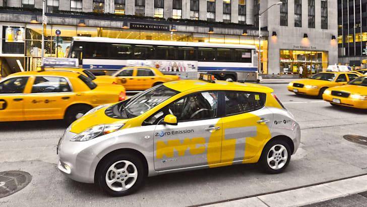 Nissan Leaf Taxi Pilot - 3