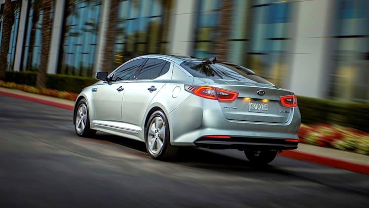 Kia-Optima-Hybrid-4