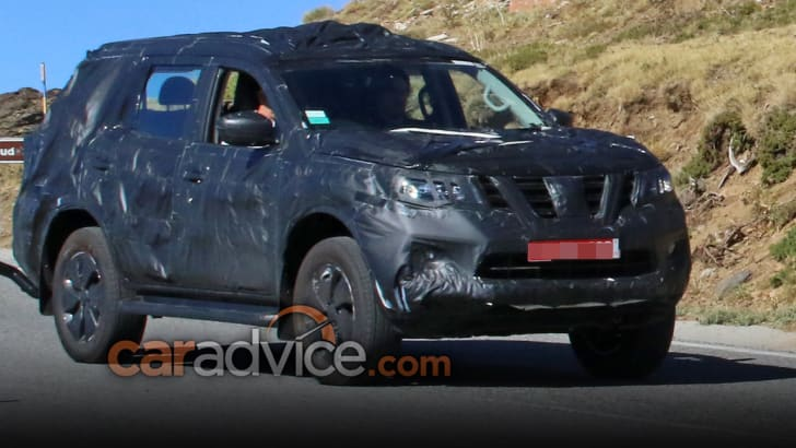 nissan-navara-suv_spy-photos