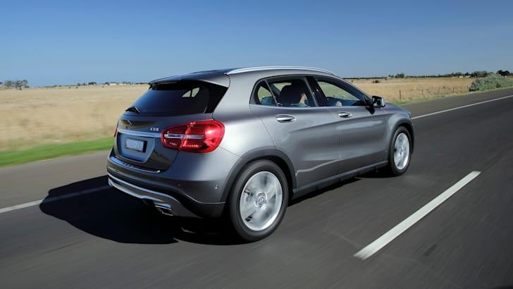 Mercedes-Benz-GLA200-CDI-17