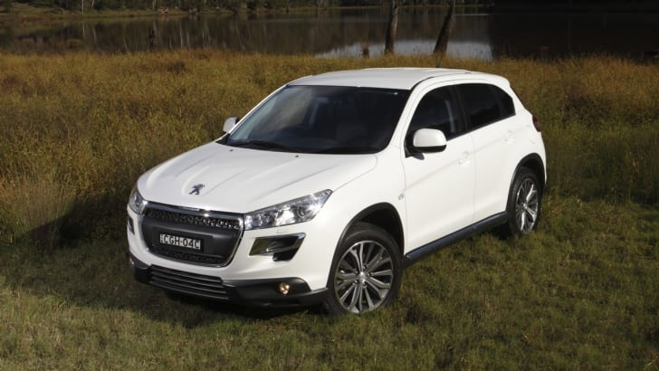2012-Peugeot-4008-Review-25