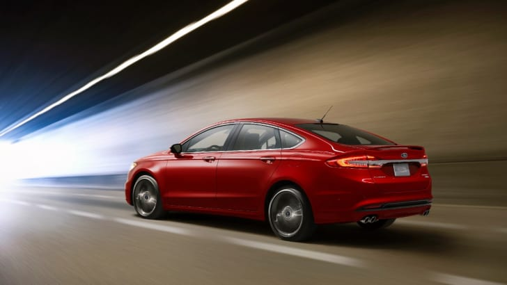 2016-Ford-Fusion-Mondeo-2