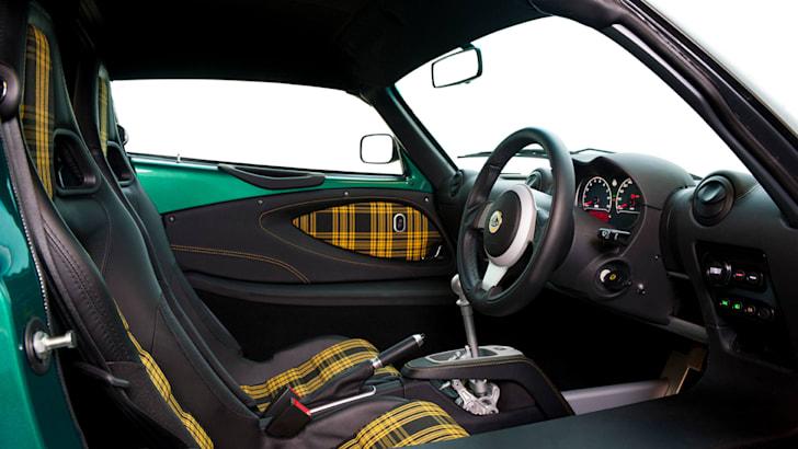 Exige 350 interior  20_10_15 28a