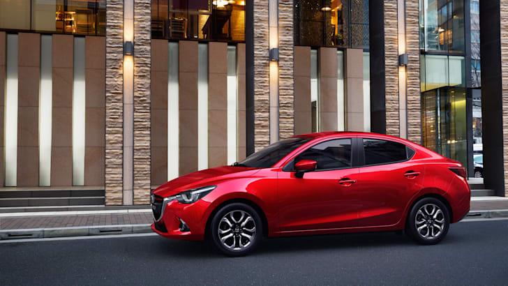 Mazda2 Sedan (6)