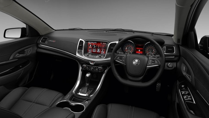 2015-Holden-Commodore-MY15-08