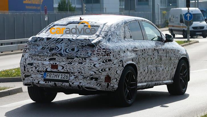 2015-Mercedes-Benz-MLC-10