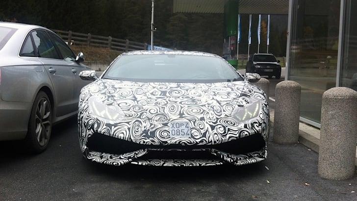 Lamborghini-Cabrera-2