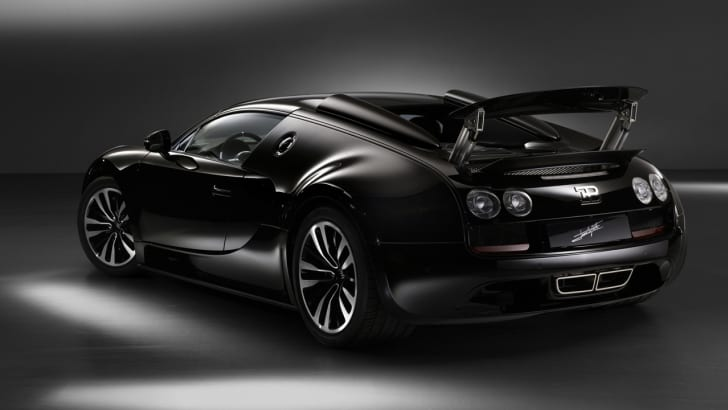 BugattiVeyronLegend2