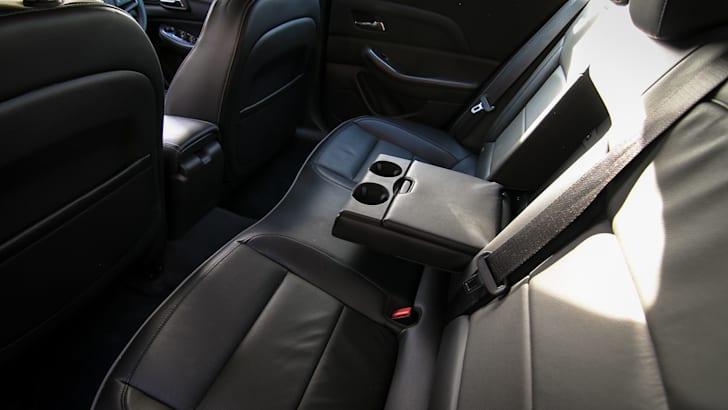 Holden Malibu CDX-33