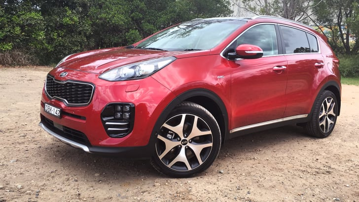 2016_kia_sportage_platinum-awd_gt-line_review_01