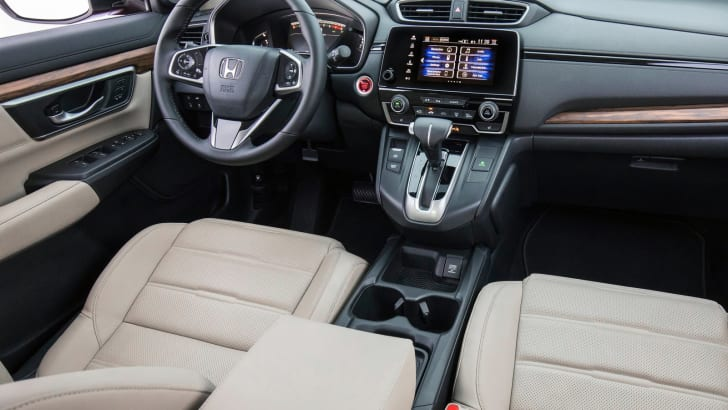 2017_honda_cr-v_overseas_07